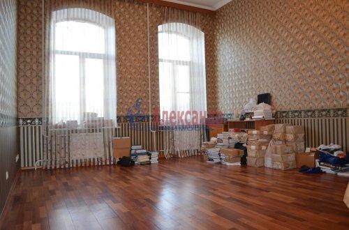 1-комнатная квартира (64м2) на продажу по адресу Короленко ул., 8— фото 5 из 8