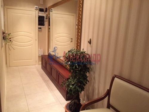 3-комнатная квартира (112м2) на продажу по адресу Капитанская ул., 4— фото 8 из 21