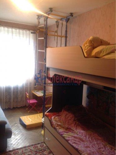 2-комнатная квартира (43м2) на продажу по адресу Стрельна г., Львовская ул., 6— фото 2 из 7