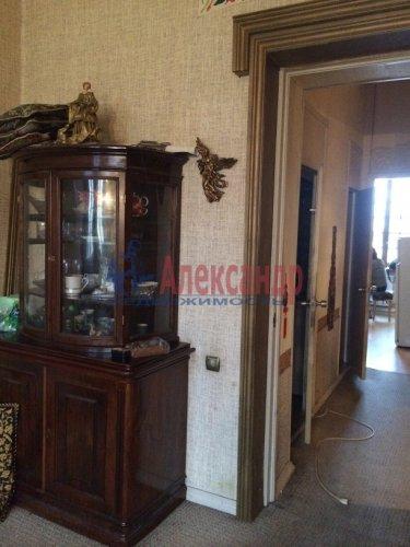 3-комнатная квартира (96м2) на продажу по адресу Канала Грибоедова наб., 27— фото 3 из 11