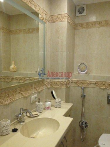1-комнатная квартира (45м2) на продажу по адресу Учительская ул., 18— фото 11 из 14