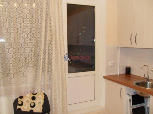 Комната в 1-комнатной квартире (137м2) на продажу по адресу Брестский бул., 9— фото 3 из 7
