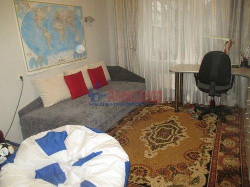 2-комнатная квартира (57м2) на продажу по адресу Гатчина г., Карла Маркса ул., 64— фото 5 из 15