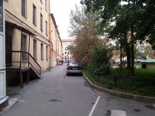 2-комнатная квартира (69м2) на продажу по адресу Реки Фонтанки наб., 150— фото 9 из 11
