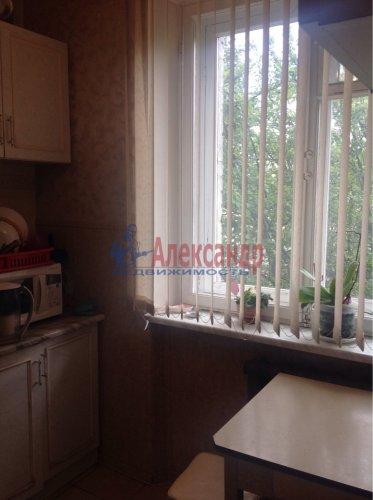 2-комнатная квартира (43м2) на продажу по адресу Стрельна г., Львовская ул., 6— фото 3 из 7