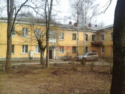 Комната в 3-комнатной квартире (75м2) на продажу по адресу Кузьмоловский пгт., Ленинградское шос., 14— фото 2 из 15