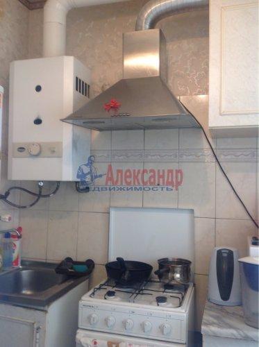 2-комнатная квартира (43м2) на продажу по адресу Стрельна г., Львовская ул., 6— фото 4 из 7