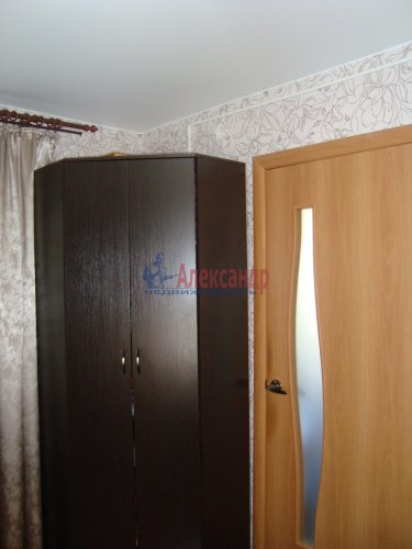 2-комнатная квартира (44м2) на продажу по адресу Луга г., Красной Артиллерии ул., 28— фото 5 из 12