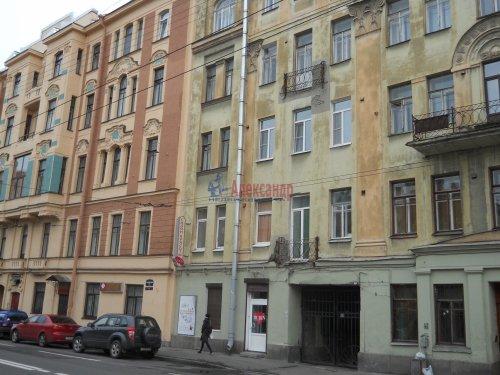 Комната в 9-комнатной квартире (240м2) на продажу по адресу Мытнинская ул., 9— фото 20 из 20