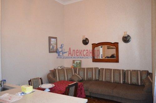 1-комнатная квартира (64м2) на продажу по адресу Короленко ул., 8— фото 6 из 8