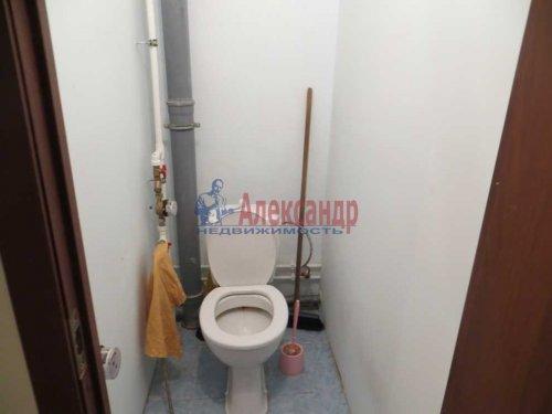 2-комнатная квартира (55м2) на продажу по адресу Сиверский пгт., Красная ул., 33— фото 8 из 8