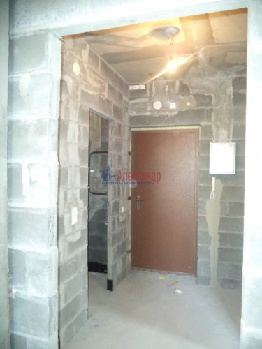 1-комнатная квартира (57м2) на продажу по адресу Маршала Блюхера пр., 15— фото 6 из 13