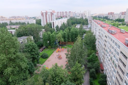 1-комнатная квартира (37м2) на продажу по адресу Вавиловых ул., 17— фото 4 из 15