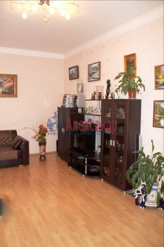 2-комнатная квартира (68м2) на продажу по адресу Выборг г., Крепостная ул., 37— фото 8 из 16