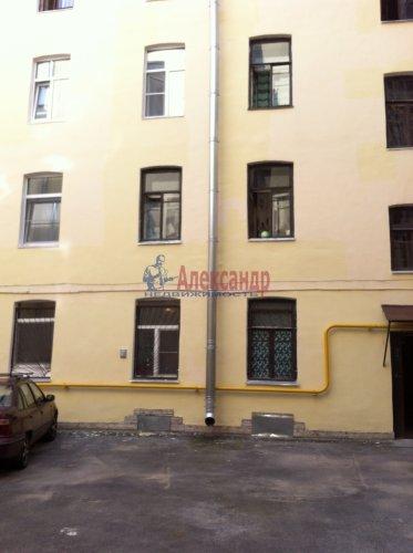 Комната в 4-комнатной квартире (93м2) на продажу по адресу Зверинская ул., 36— фото 2 из 3