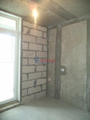 1-комнатная квартира (57м2) на продажу по адресу Маршала Блюхера пр., 15— фото 5 из 13