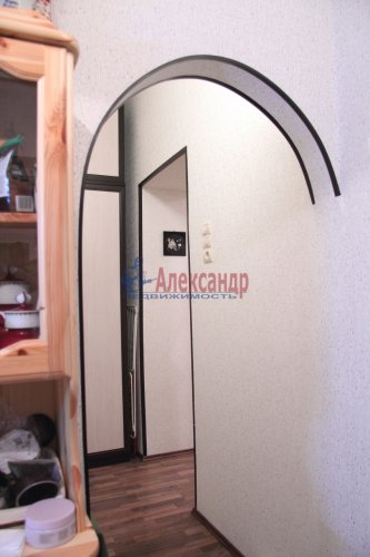 2-комнатная квартира (51м2) на продажу по адресу Невский пр., 13— фото 5 из 10