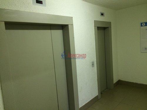 1-комнатная квартира (39м2) на продажу по адресу Союзный пр., 6— фото 2 из 15
