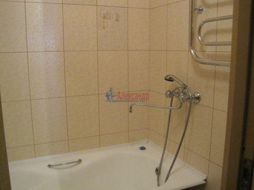 2-комнатная квартира (60м2) на продажу по адресу Волхов г., Советская ул., 10— фото 8 из 14