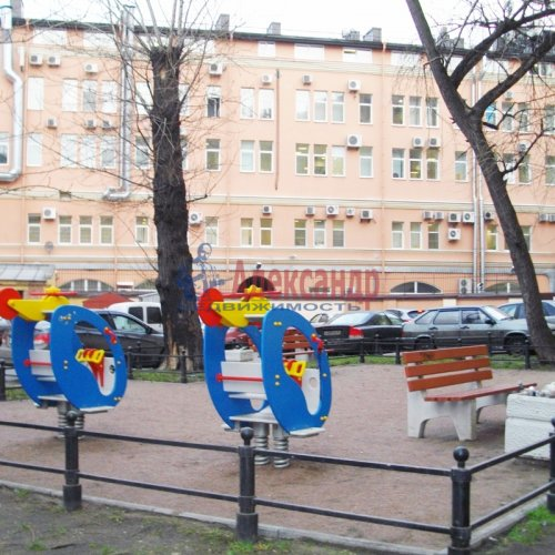 4-комнатная квартира (95м2) на продажу по адресу Конная ул., 8— фото 2 из 4