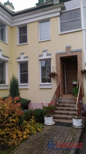 5-комнатная квартира (200м2) на продажу по адресу Всеволожск г., Октябрьский пр., 104— фото 2 из 3