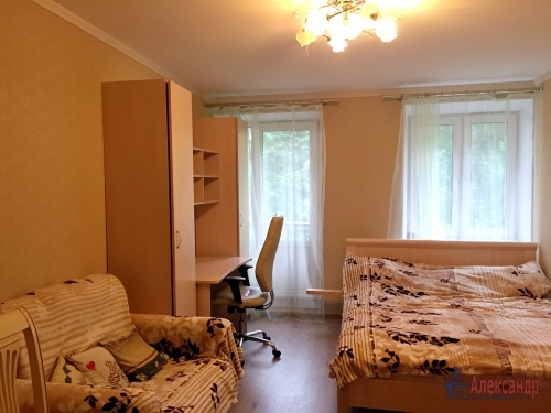 3-комнатная квартира (84м2) на продажу по адресу Обуховской Обороны пр., 108— фото 1 из 18