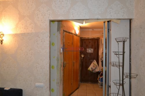 3-комнатная квартира (49м2) на продажу по адресу Замшина ул., 52— фото 10 из 12