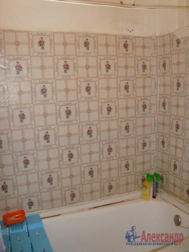 2-комнатная квартира (45м2) на продажу по адресу Толмачево пгт., 5— фото 14 из 16