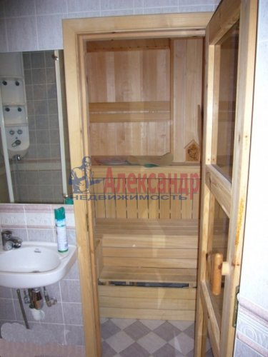 4-комнатная квартира (168м2) на продажу по адресу Кронштадт г., Аммермана ул., 15/10— фото 15 из 15