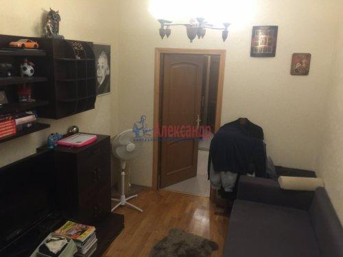 2-комнатная квартира (89м2) на продажу по адресу Ленсовета ул., 88— фото 5 из 14