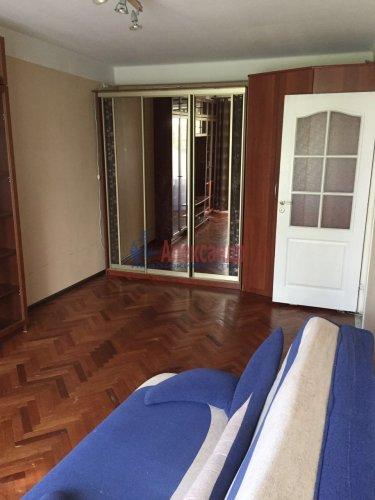 1-комнатная квартира (31м2) на продажу по адресу Маршала Блюхера пр., 50— фото 2 из 7