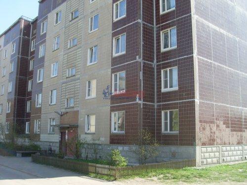 3-комнатная квартира (72м2) на продажу по адресу Приозерск г., Гоголя ул., 32— фото 1 из 6