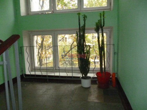 2-комнатная квартира (45м2) на продажу по адресу Юрия Гагарина просп., 14— фото 8 из 9