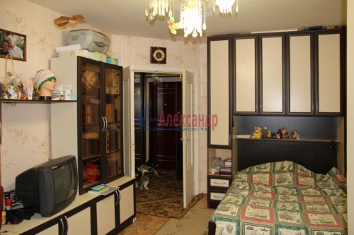 2-комнатная квартира (53м2) на продажу по адресу Пушкин г., Гусарская ул., 8— фото 3 из 7