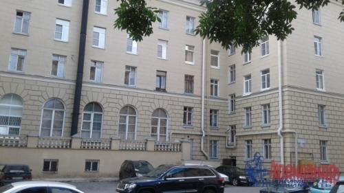3-комнатная квартира (82м2) на продажу по адресу Среднеохтинский пр., 2— фото 2 из 17