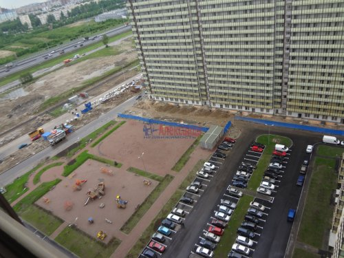 2-комнатная квартира (60м2) на продажу по адресу Мурино пос., Охтинская аллея, 14— фото 14 из 17