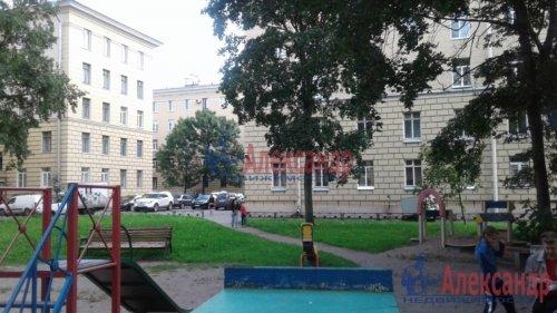 3-комнатная квартира (82м2) на продажу по адресу Среднеохтинский пр., 2— фото 4 из 17