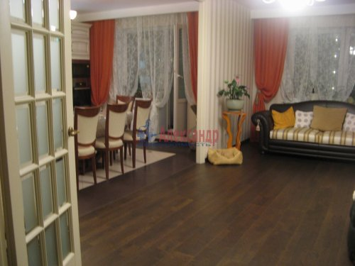 3-комнатная квартира (138м2) на продажу по адресу Пискаревский пр., 37— фото 4 из 24
