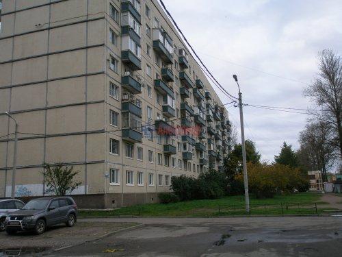 1-комнатная квартира (34м2) на продажу по адресу Кировск г., Пионерская ул., 3— фото 2 из 15