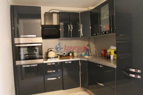 2-комнатная квартира (61м2) на продажу по адресу Спасский пер., 9— фото 2 из 8