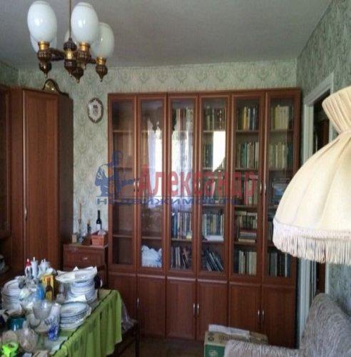 2-комнатная квартира (49м2) на продажу по адресу Светлановский просп., 44— фото 2 из 8