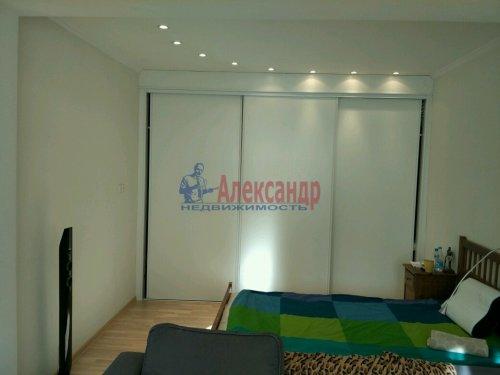 1-комнатная квартира (45м2) на продажу по адресу Морская наб., 37— фото 10 из 13
