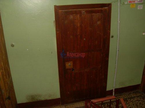 1-комнатная квартира (30м2) на продажу по адресу Октябрьская наб., 80— фото 6 из 7