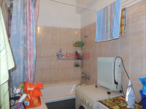 Комната в 4-комнатной квартире (108м2) на продажу по адресу Сертолово г., Ларина ул., 6— фото 4 из 4