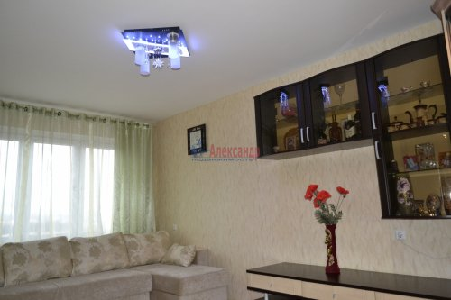 3-комнатная квартира (77м2) на продажу по адресу Маршала Казакова ул., 44— фото 18 из 37