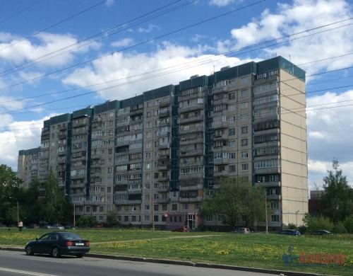 2-комнатная квартира (48м2) на продажу по адресу Маршала Новикова ул., 7— фото 5 из 8