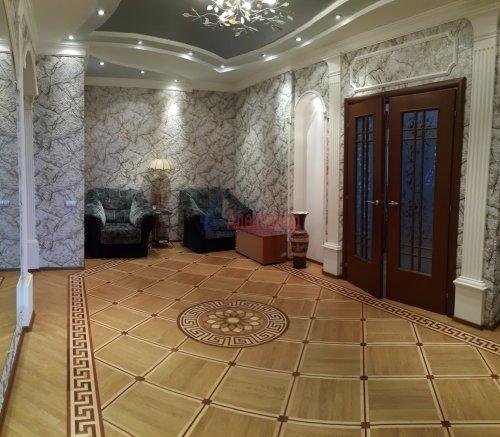 3-комнатная квартира (140м2) на продажу по адресу Приморский пр., 59— фото 9 из 38