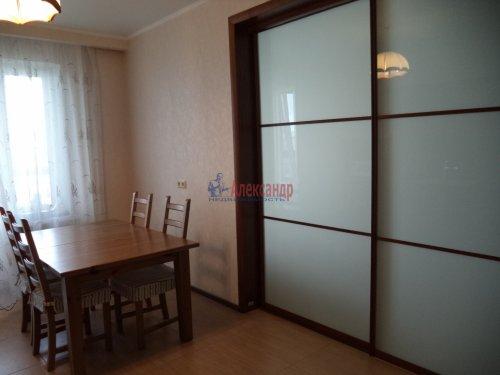 3-комнатная квартира (109м2) на продажу по адресу Луначарского пр., 13— фото 2 из 27