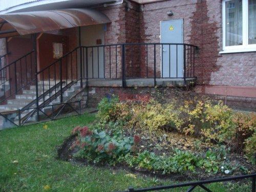 1-комнатная квартира (41м2) на продажу по адресу Вавиловых ул., 7— фото 3 из 5
