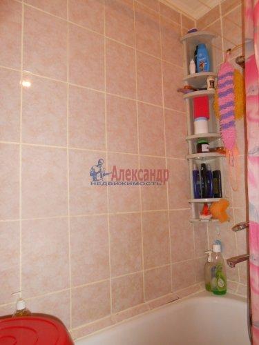 2-комнатная квартира (44м2) на продажу по адресу Синявино 1-е пгт., Садовый пер., 1— фото 10 из 13